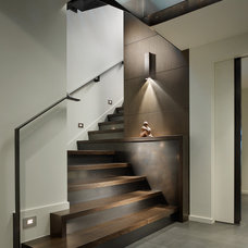 Contemporary Staircase by Tyler Engle Architects PS