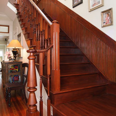 traditional staircase by Robert Sanders Homes