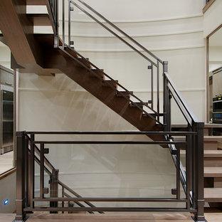 Idee per una scala sospesa minimalista con pedata in legno e alzata in legno