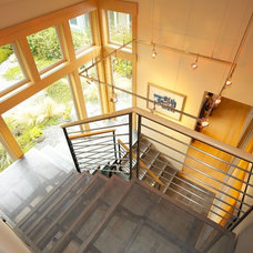 Contemporary Staircase by Dan Nelson, Designs Northwest Architects