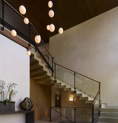 modern staircase by Studio William Hefner