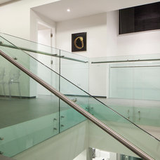 Modern Staircase by Window World S.A.