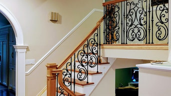 Wood & Iron Traditional Staircases