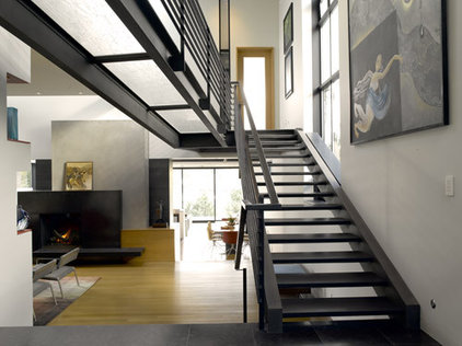 Modern Staircase by Coop 15 Architecture
