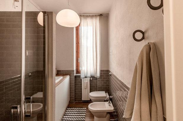 moderno stanza da bagno by galleria del vento