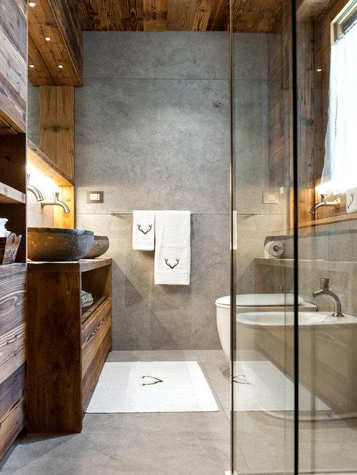 Bagno con piastrelle in gres porcellanato foto idee - Piastrelle grigie bagno ...