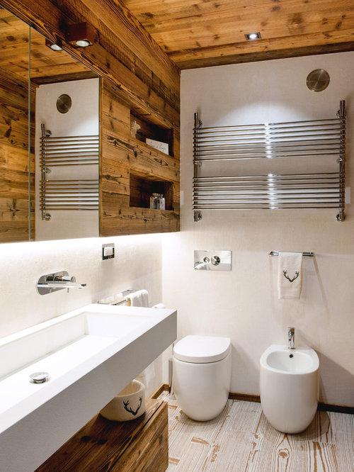 Bagno in montagna foto idee arredamento for Bagni interni case