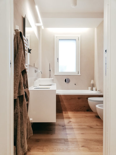 Moderno Stanza da Bagno by Easy Relooking