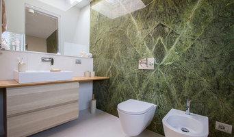 Bagno con marmo verde rainforest |  9 mq.