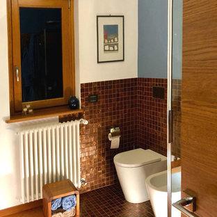 Inspiration Pour Une Salle Du0027eau Design De Taille Moyenne Avec Un WC Séparé,