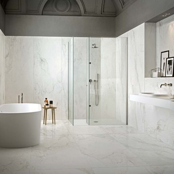 Bathrooms with large porcelain tiles