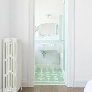 Foto di una stanza da bagno design