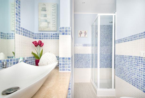 Cheap al mare stanza da bagno by archfilippo fassio with - Rifare il bagno da soli ...