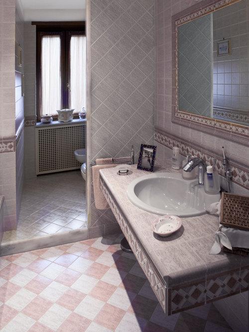 Salle de bain moderne avec un carrelage rose : Photos et idées ...