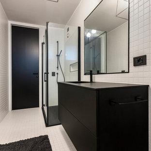 Stanza da bagno moderna foto idee arredamento for Stanza da pranzo moderna