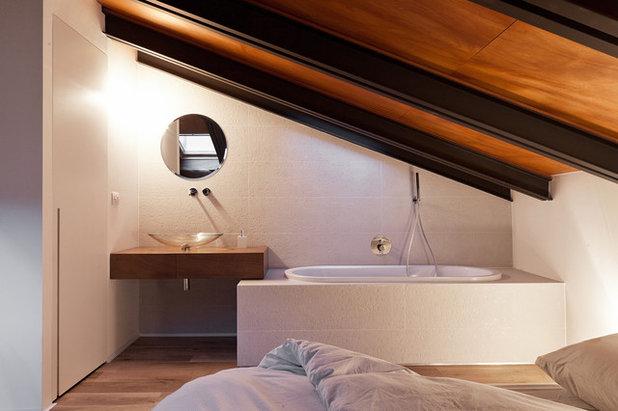 Contemporaneo Stanza da Bagno by Paola Maré Interior designer