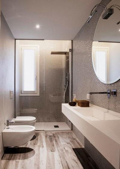 Vasca Da Bagno Con Seduta E Legno Oggetti Design : Bagni stretti e lunghi con vasca la scelta giusta è