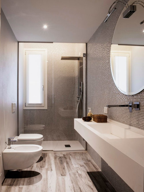 salle de bain avec un lavabo int gr et un carrelage noir et blanc photos et id es d co de. Black Bedroom Furniture Sets. Home Design Ideas