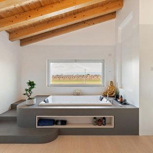Ispirazione per una stanza da bagno mediterranea