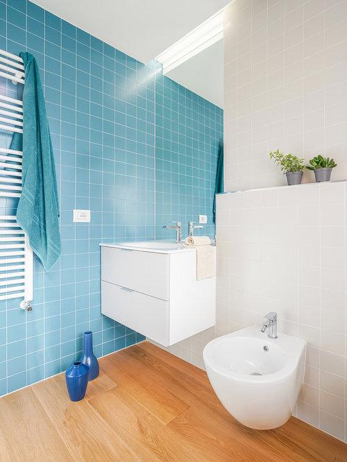 Foto e idee per bagni piccoli con piastrelle blu - Piastrelle pavimento bagno ...