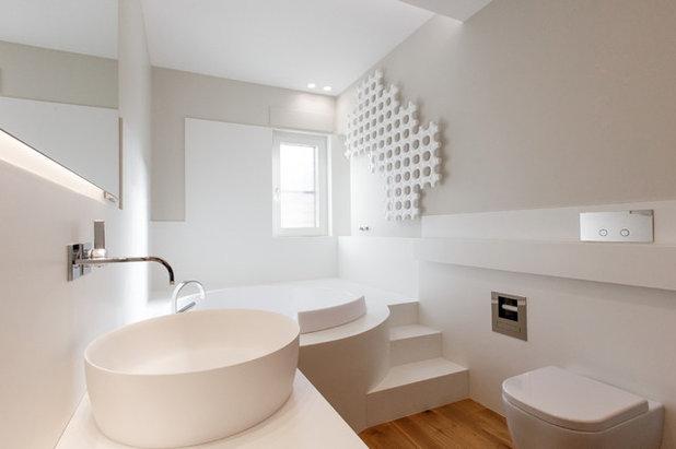Moderno Stanza da Bagno by Francesco Clori architetto