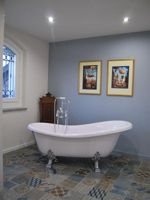 Foto e idee per stanze da bagno stanza da bagno in campagna for Stanza da bagno