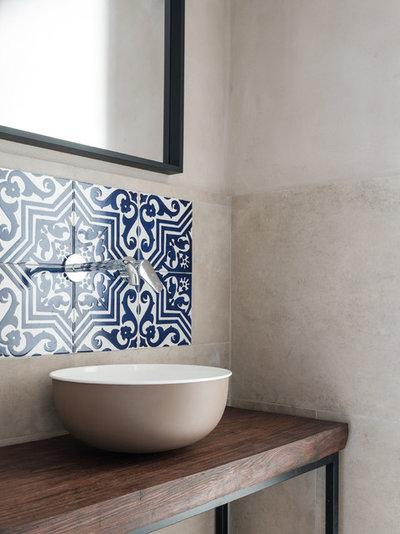 Stanza da Bagno by Paola Sola architetto &interior design
