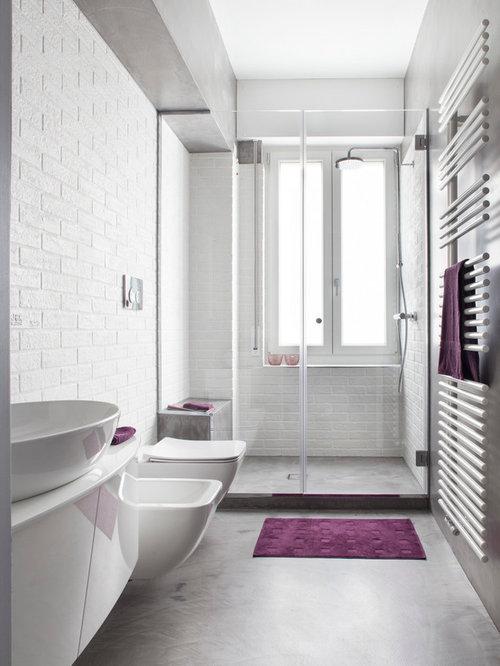 Houzz idee arredamento interior design e ristrutturazione della casa case e interni - Bagno con doccia davanti finestra ...