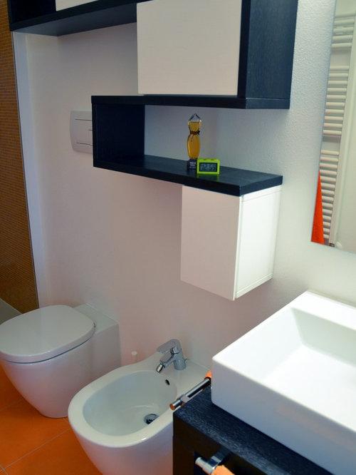 Salle d\'eau moderne avec un carrelage orange : Photos et idées ...