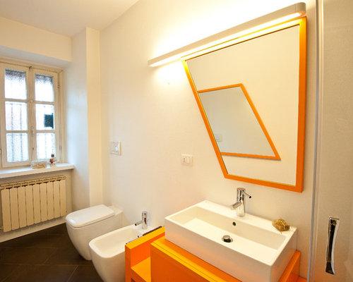 Bathroom design ideas remodels photos with orange for Orange and brown bathroom ideas