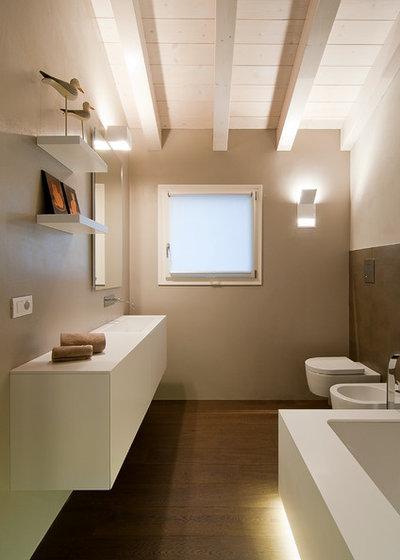Parla l esperto i trucchi per rinnovare il bagno a costi for Bagni arredati immagini