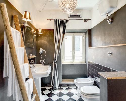Foto e idee per stanze da bagno stanza da bagno - Piastrelle bagno nere ...