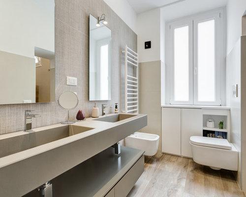 Pareti Bianche E Beige : Stanza da bagno con pavimento in gres porcellanato e pareti