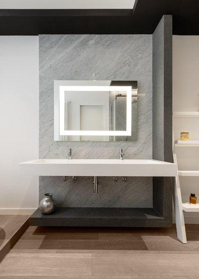 Contemporary Bathroom by Patrizia Burato