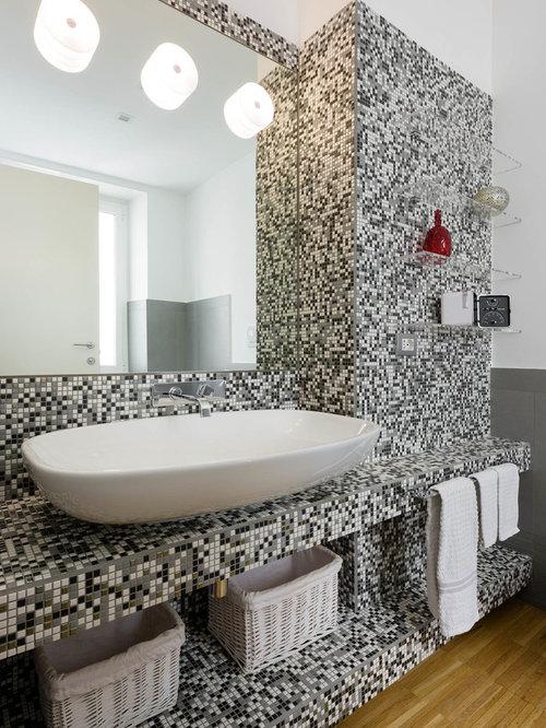 Bagno con piastrelle a mosaico - Foto, Idee, Arredamento