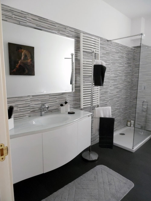 example of a mid sized minimalist 34 black and white tile and matchstick - Matchstick Tile Bathroom Ideas