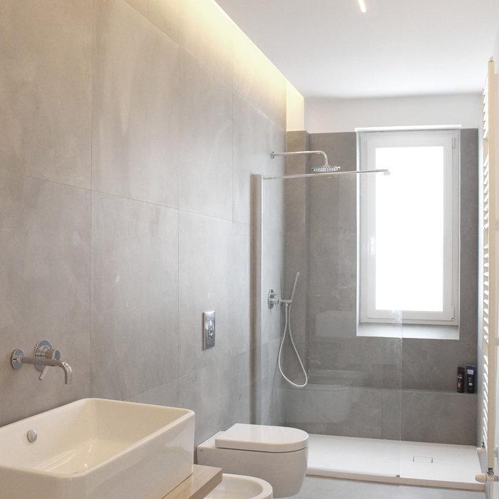 Example of a trendy bathroom design in Catania-Palermo