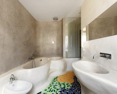 Bagno con pavimento con piastrelle a mosaico roma foto idee