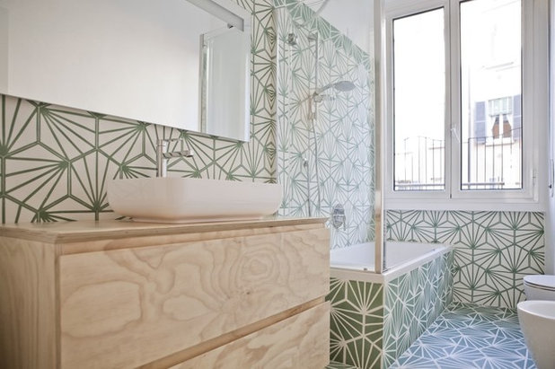 Eclectic Bathroom by co.arch studio