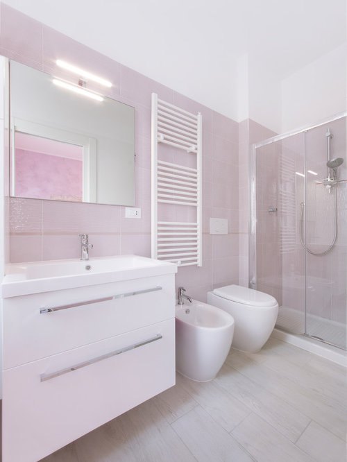Beach Style Bathroom Design Ideas, Renovations & Photos with Pink Tile
