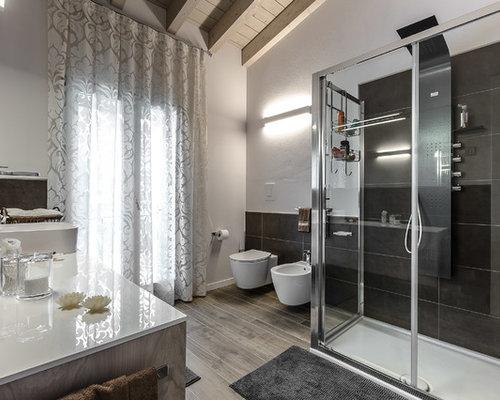 Foto e idee per stanze da bagno stanza da bagno moderna - Piastrelle da bagno moderne ...