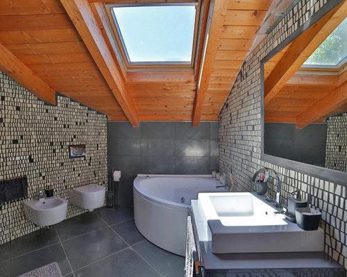 Handfat Funkis : Foton och badrumsinspiration för moderna en suite badrum med ett