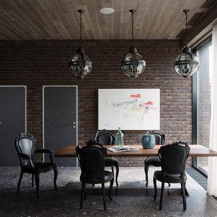 他の地域の巨大なコンテンポラリースタイルのおしゃれなダイニングキッチン (茶色い壁、大理石の床、暖炉なし、グレーの床) の写真