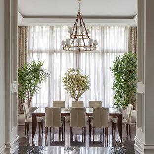 Удачное сочетание для дизайна помещения: столовая в классическом стиле с коричневым полом - самое интересное для вас