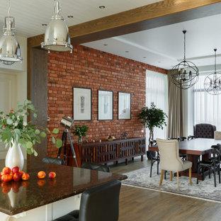 Aménagement d'une grand salle à manger ouverte sur le salon classique avec un mur multicolore, un sol en carrelage de porcelaine, une cheminée d'angle, un manteau de cheminée en carrelage, un sol marron et un mur en parement de brique.