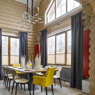 Свежая идея для дизайна: столовая в стиле кантри с бежевыми стенами и бежевым полом - отличное фото интерьера