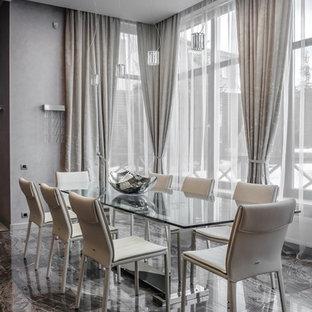 Пример оригинального дизайна: столовая среднего размера в современном стиле с серыми стенами и разноцветным полом