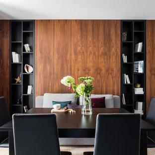 Неиссякаемый источник вдохновения для домашнего уюта: столовая среднего размера в современном стиле с полом из керамогранита и бежевым полом без камина