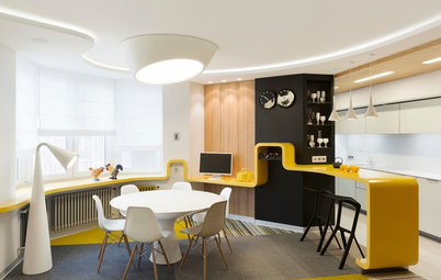 Houzz Tour: A Band of Yellow Unifies a Russian Apartment