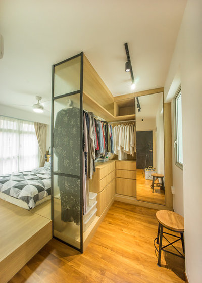 Contemporary Wardrobe by Team Interior Design